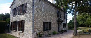 Maison de village SARCY 195 m² ()