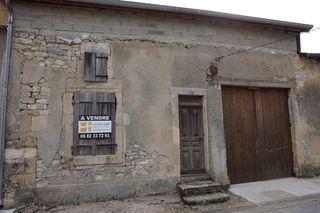 Grange ERIZE LA BRULEE 156 m² ()