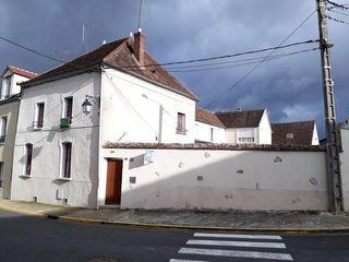 Maison DONNEMARIE DONTILLY 100 m² ()