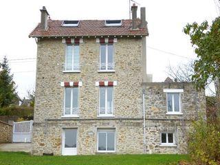 Maison LA FERTE SOUS JOUARRE 142 m² ()