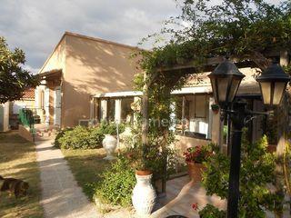 Villa SAINT VICTOR LA COSTE 161 m² ()
