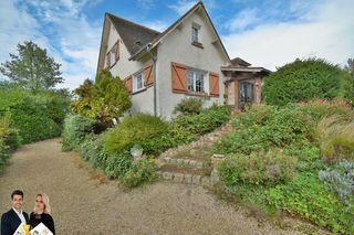 Maison NOGENT LE ROI 177 m² ()