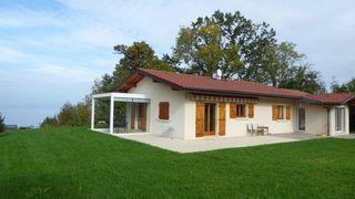 Villa NEUVECELLE 100 m² ()