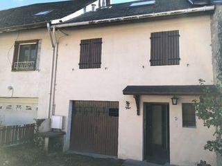Maison mitoyenne CHAMBERY 50 m² ()