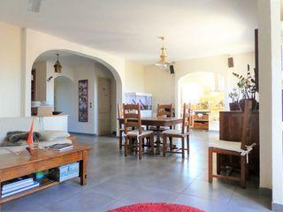 Maison de ville VENELLES 152 m² ()