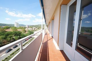 Appartement en résidence DRAGUIGNAN 85 m² ()