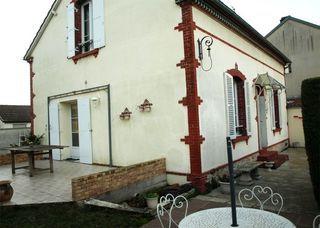 Maison CHARTRES 122 m² ()