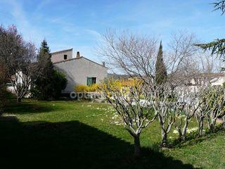 Maison de caractère LES MEES 130 m² ()