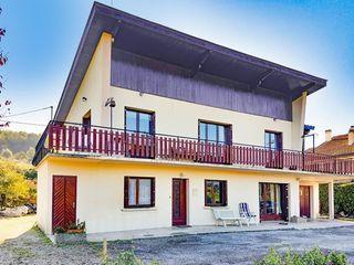 Maison BELLEY 150 m² ()