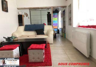 Appartement rénové JOUY 30 m² ()