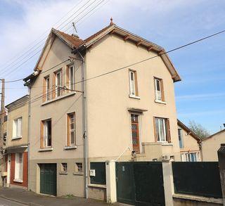 Maison de village REUILLY 102 m² ()