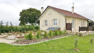 Maison RILHAC XAINTRIE 69 m² ()