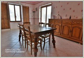 Maison de village NEUVILLE LES DAMES 139 m² ()
