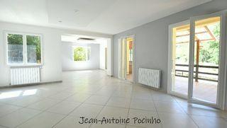 Maison rénovée CAZERES 112 m² ()