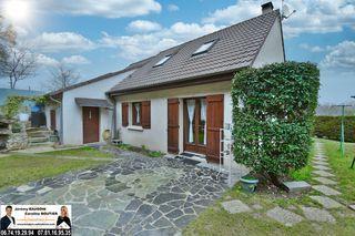 Maison NOGENT LE ROI 77 m² ()