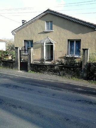 Maison individuelle CHAMPNIERS 85 m² ()
