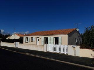 Villa LES MAGNILS REIGNIERS 92 m² ()