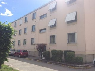 Appartement STAINS 60 m² ()