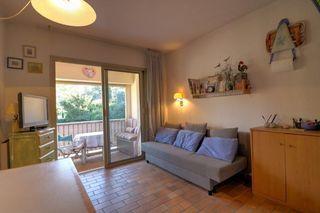 Appartement en résidence SANARY SUR MER 18 m² ()