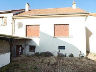 Maison AUGNY 90 m² ()