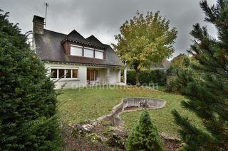 Maison TOURS 155 m² ()