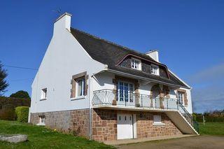 Maison PLOUGASNOU 203 m² ()