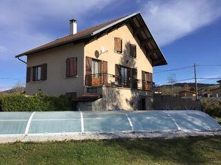 Maison BRENOD 200 m² ()