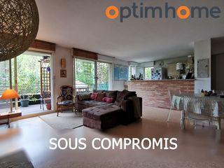 Appartement en résidence TARBES 100 m² ()