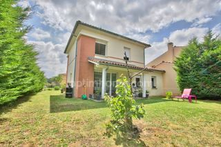 Maison LEGUEVIN 93 m² ()