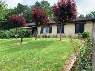 Maison plain-pied NOTRE DAME DE SANILHAC 100 m² ()