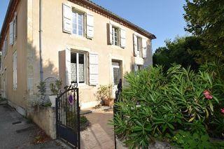 Maison de village CASTERA VERDUZAN 110 m² ()