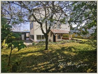 Maison POISSY 183 m² ()