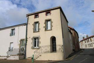 Maison rénovée LA CHAPELLE LARGEAU 45 m² ()