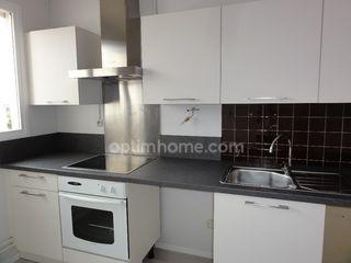 Appartement en résidence OLIVET 65 m² ()