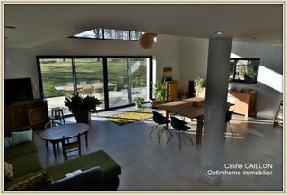 Ferme MACON 270 m² ()