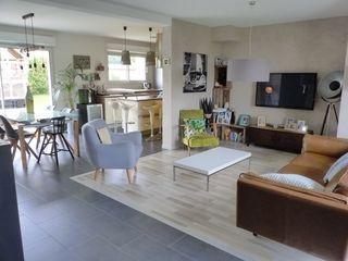 Maison contemporaine PERNAY 135 m² ()
