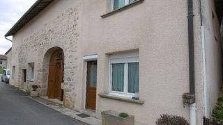 Maison de village CHAVANNES SUR SURAN 138 m² ()