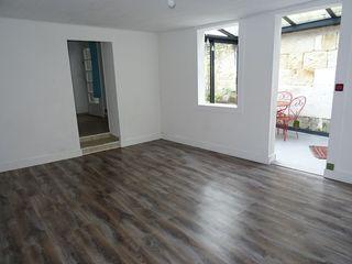 Maison mitoyenne MAGNAC SUR TOUVRE 159 m² ()