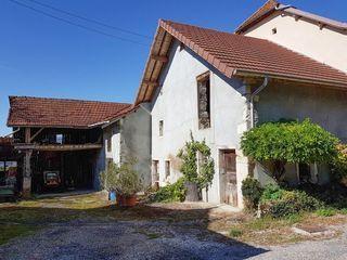Grange YENNE 90 m² ()