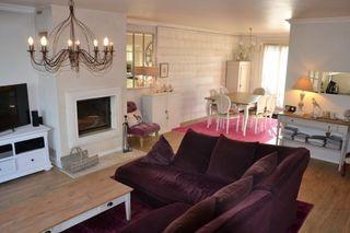 Maison LE MESNIL SAINT DENIS 135 m² ()