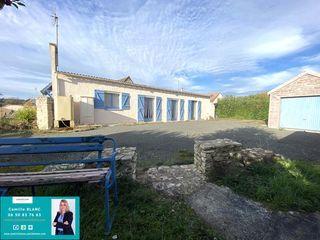 Maison plain-pied CHAMPHOL 130 m² ()