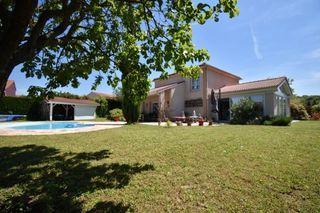 Maison SAINT BONNET DE MURE 156 m² ()