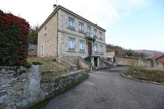 Maison bourgeoise SAINT PIERRE DE BOEUF 227 m² ()