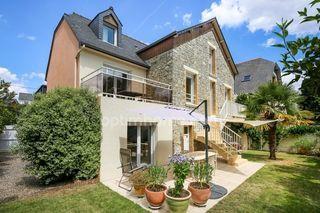 Maison de ville RENNES 156 m² ()