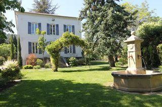 Maison ALES 240 m² ()