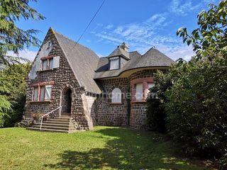 Maison PLOUEZEC 130 m² ()