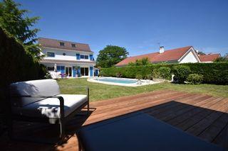 Maison MEYZIEU 157 m² ()