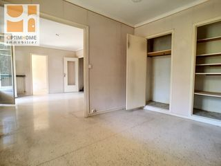 Appartement NICE 67 m² ()