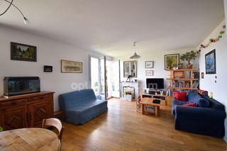 Appartement rénové BORDEAUX 71 m² ()