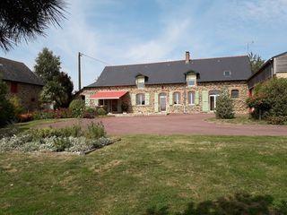 Maison en pierre LA CHAPELLE JANSON 169 m² ()